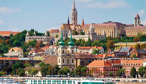 Budapest Bratislava Prague / Vienne